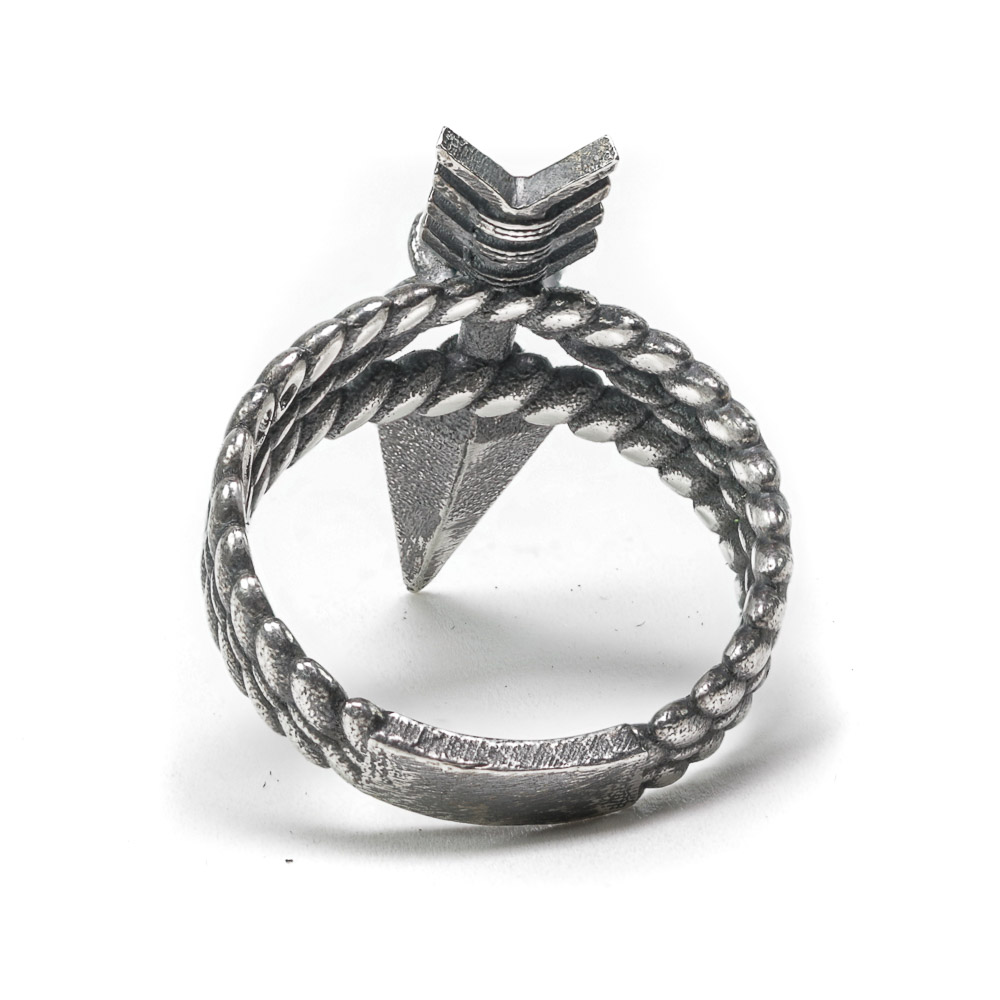 Quanah arrow ring silver back