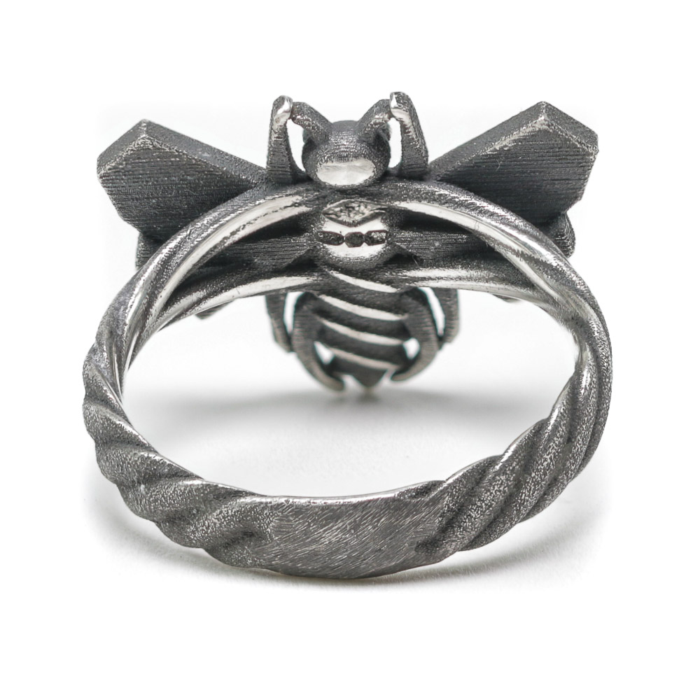 Bee Cause ring rear